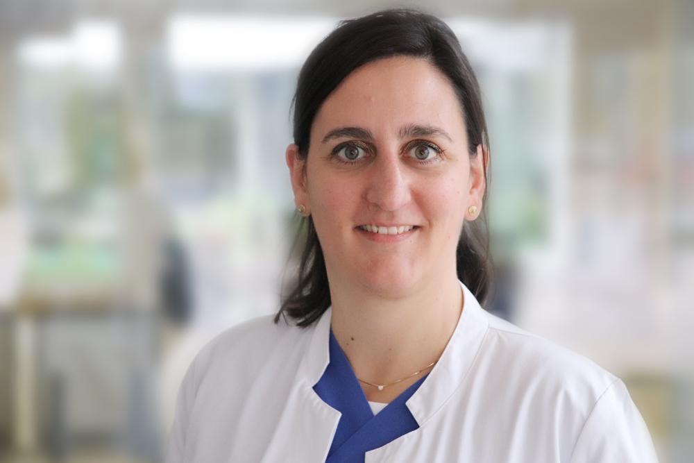 Dr. Hanna Knott